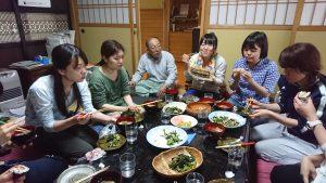 東京都の学校栄養士が田植えに挑戦!
